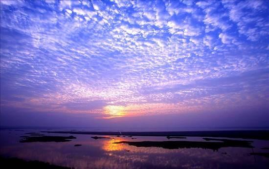 01Dongting Lake.jpg
