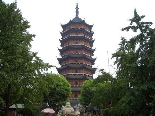 02Baoen Temple.jpg