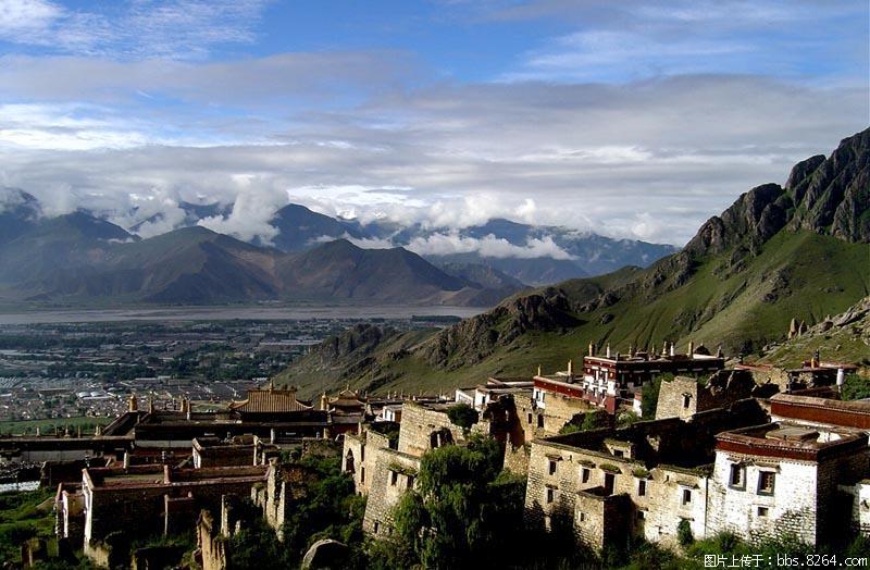 06Drepung Monastery.jpg