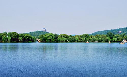 06Leifeng Pagoda.jpg
