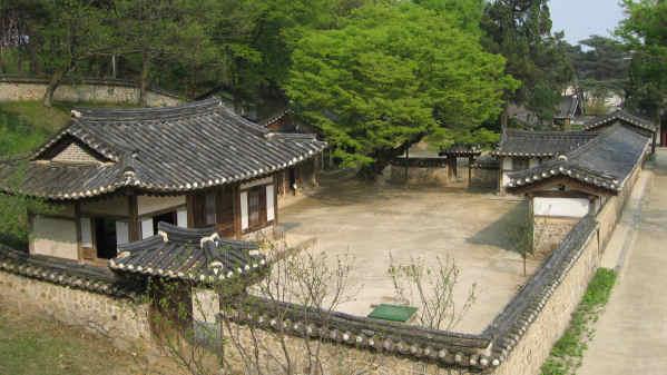 1532-YJhyojongYoungrung.JPG