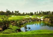 ca40_Luxehills Golf.jpg